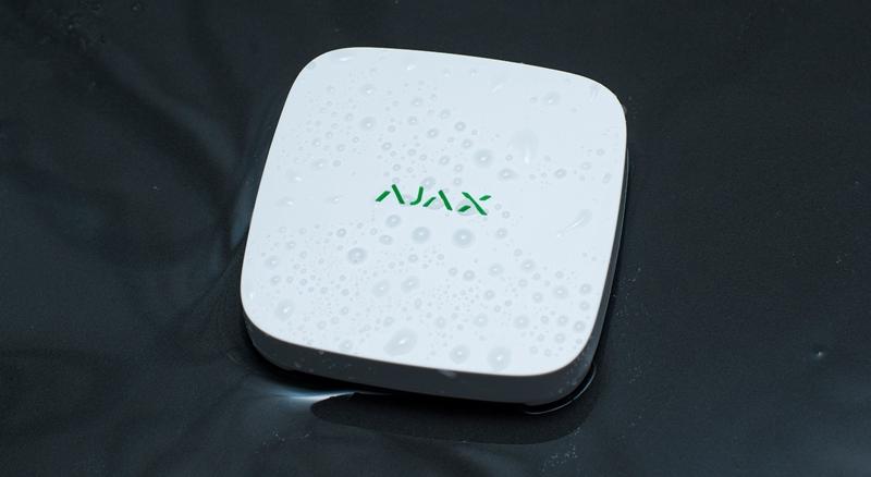 Ajax Funk Wassermelder, weiß - Anwendung liegend